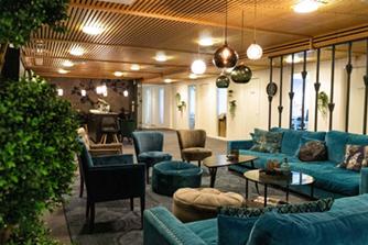 Coronet Lounge